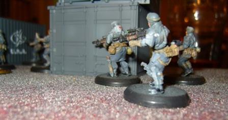 una-troops